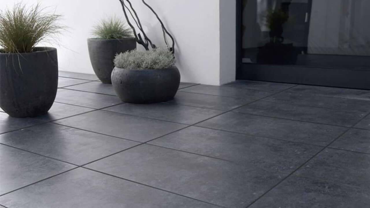 accueil-engaging-carrelage-gris-ardoise-design-cour-arri-re-new-in-07317972-photo - Copie